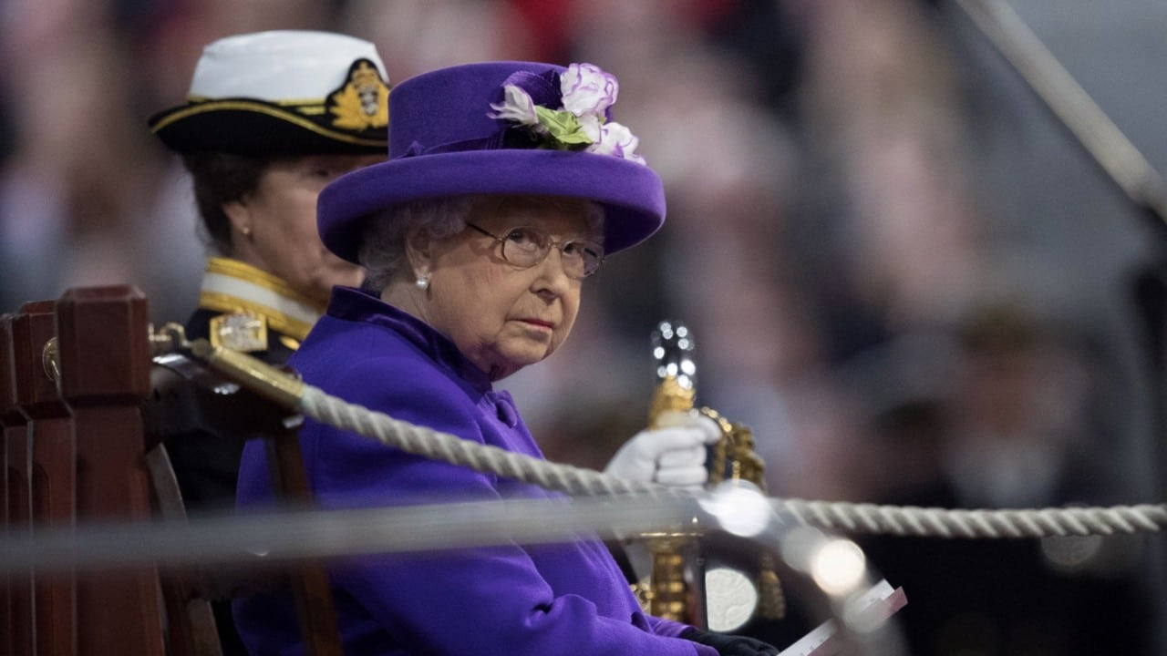 a biography of queen elizabeth and her reign A story of queen elizabeth and shakespeare must perhaps be noticed here, the   the poet has most certainly extolled her and sung of the glories of her reign,.