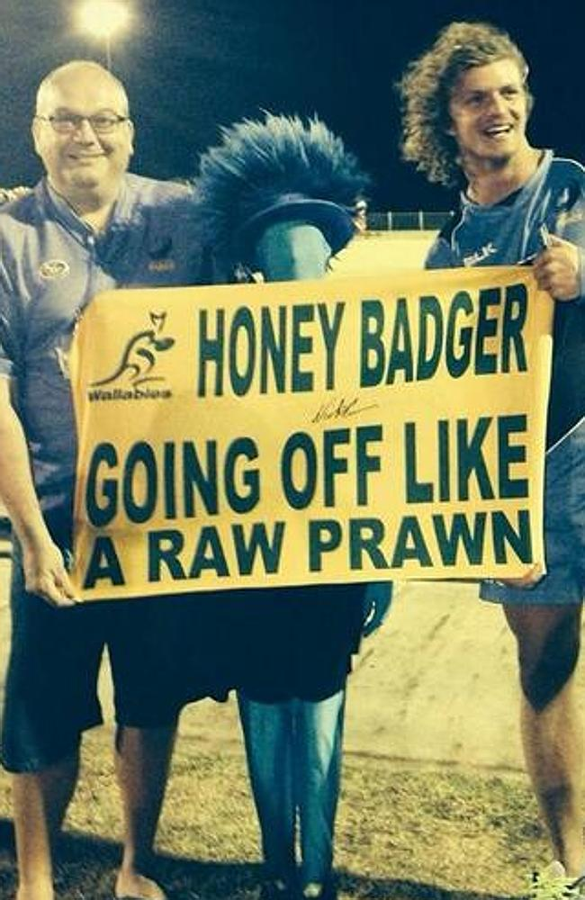That's the Badger on the right, with the Sideshow Bob haircut.