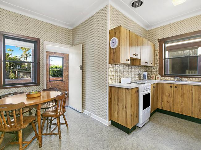 The kitchen of 63 Griffin Rd, North Curl Curl. The buyers loved the simple layout.