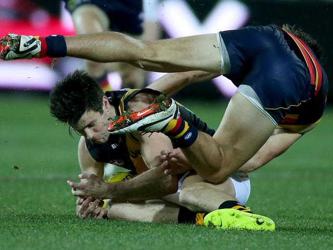 Trent Cotchin threw himself at everything. Picture: Simon Cross