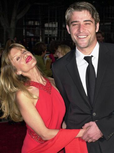 Visnjic with his wife Ivana Visnjic at an awards night in 2001. Picture: AP