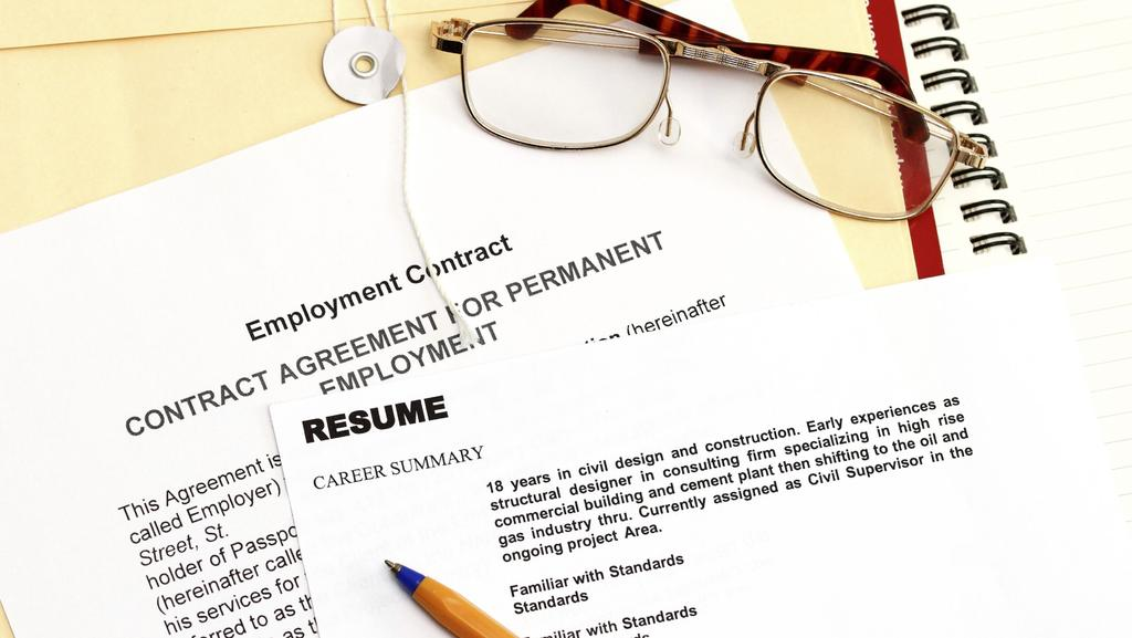 how to write a resume  cv mistake that could kill your job