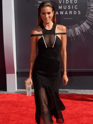 Aussie TV host Renee Bargh arrives on the red carpet at the MTV Video Music Awards.