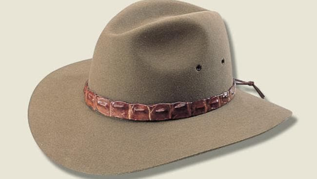The Akubra Coolabah has a band of genuine farmed crocodile belly.