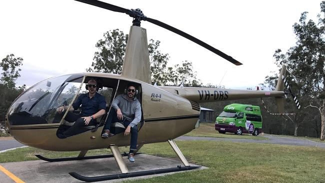 29-year-old Gun and 28-year-old Chris are adventuring around southeast Queensland.