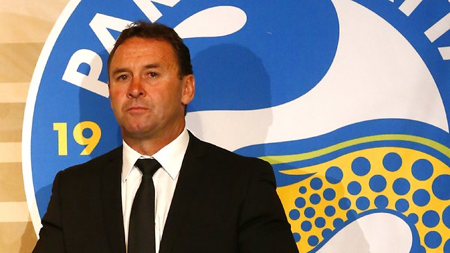 Parramatta Eels coach Ricky Stuart has resigned as coach to head to the Canberra Raiders.