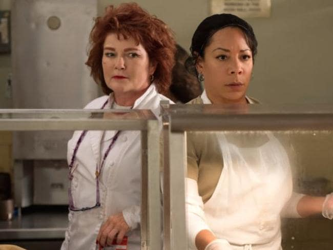 Rivals ... Galina 'Red' Reznikov (Kate Mulgrew) and Gloria Mendoza (Selenis Leyva). Picture: Netflix