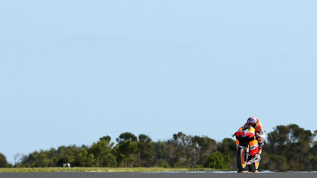 PHILLIP ISLAND, AUSTRALIA - OCTOBER 28: Casey Stoner of Australia riding the #1 Repsol Honda Team Honda rides during the Australian MotoGP, which is round 17 of the MotoGP World Championship at Phillip Island Grand Prix Circuit on October 28, 2012 in Phillip Island, Australia. (Photo by Lucas Dawson/Getty Images)