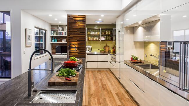 His and hers design named queensland s best large kitchen for Kitchen design jobs brisbane