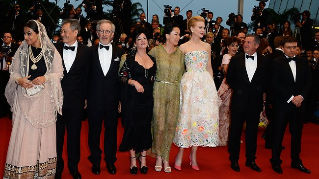 CANNES, FRANCE - MAY 15: (L-R) Christoph Waltz, Vidya Balan, Ang Lee, Steven Spielberg, Lynne Ramsay, Naomi Kawase, Nicole Kidman, Daniel Auteui and Cristian Mungiu attend the Opening Ceremony and 'The Great Gatsby' Premiere during the 66th Annual Cannes Film Festival at the Theatre Lumiere on May 15, 2013 in Cannes, France. (Photo by Pascal Le Segretain/Getty Images)