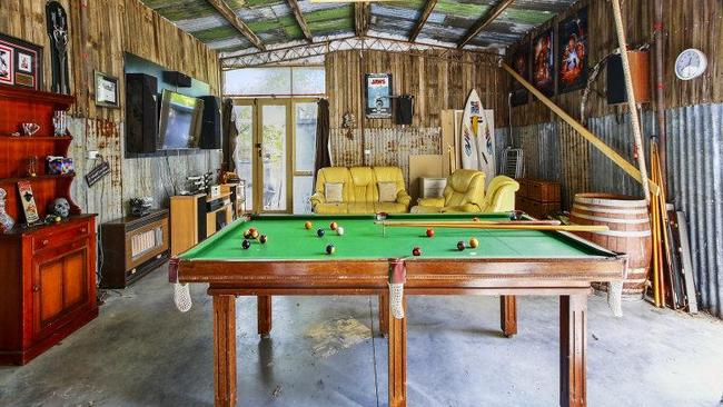 Man Cave Miranda : Victoria s best man caves on the market daily telegraph