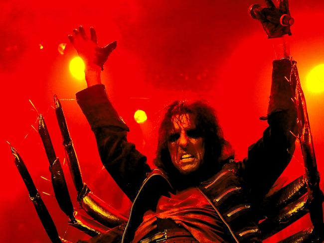 American singer Alice Cooper's first visit to Australia was in March 1977.