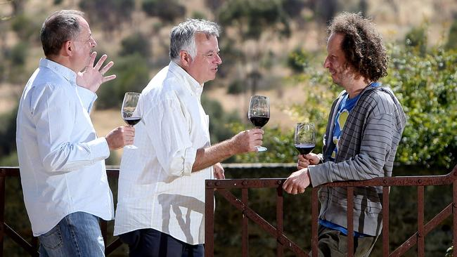 Tony Love And Simon Wilkinson Tour Sa S Wine Regions To