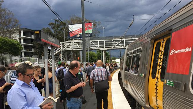 how to pay fares brisbane trains