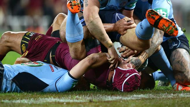Johnathan Thurston held up. Picture: Darren England