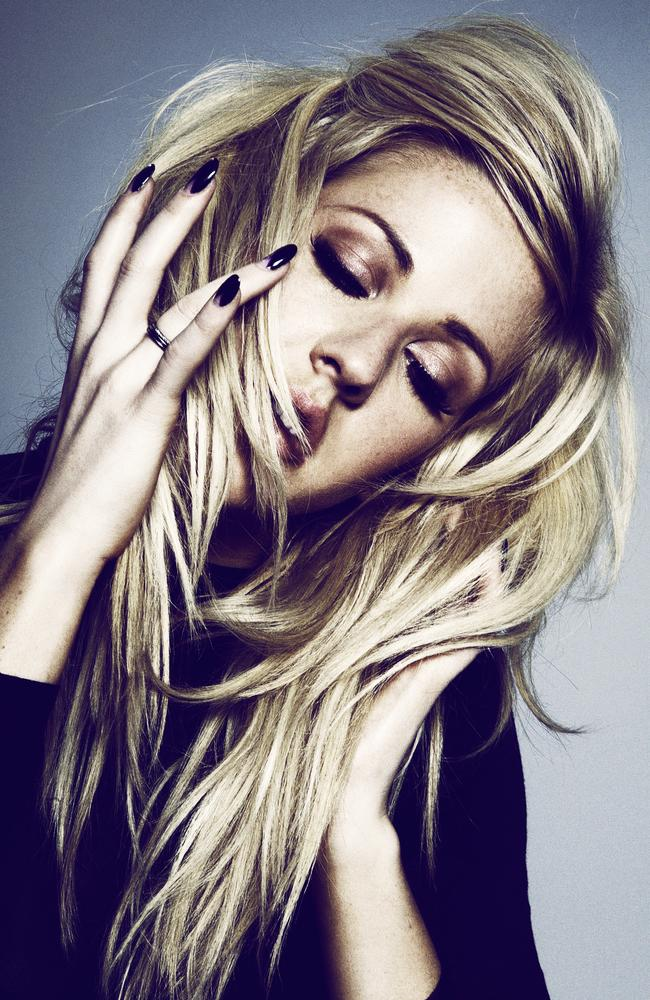 Some have suggested  <i>Don't</i> was written about singer/songwriter Ellie Goulding.
