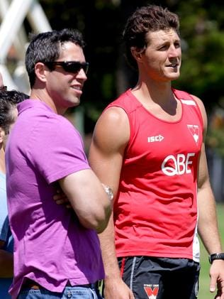 AFL player Kurt Tippett talks with Sofia Vergara's fiance Nick Loeb.