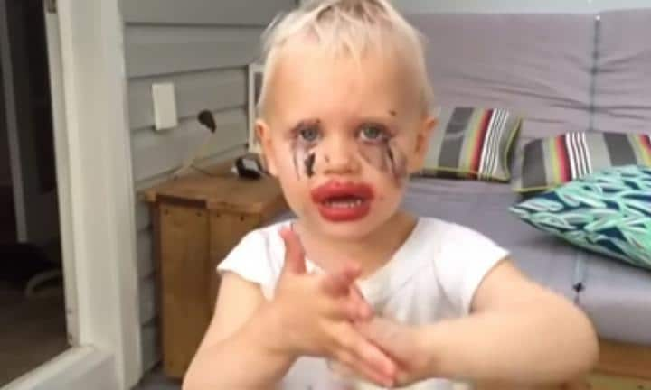 Little girl gets into the expensive makeup - and mum can't stop laughing