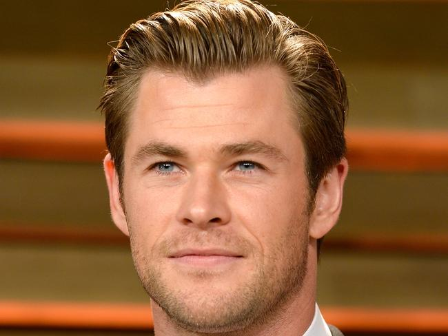 Chris Hemsworth attends the 2014 Vanity Fair Oscar Party.