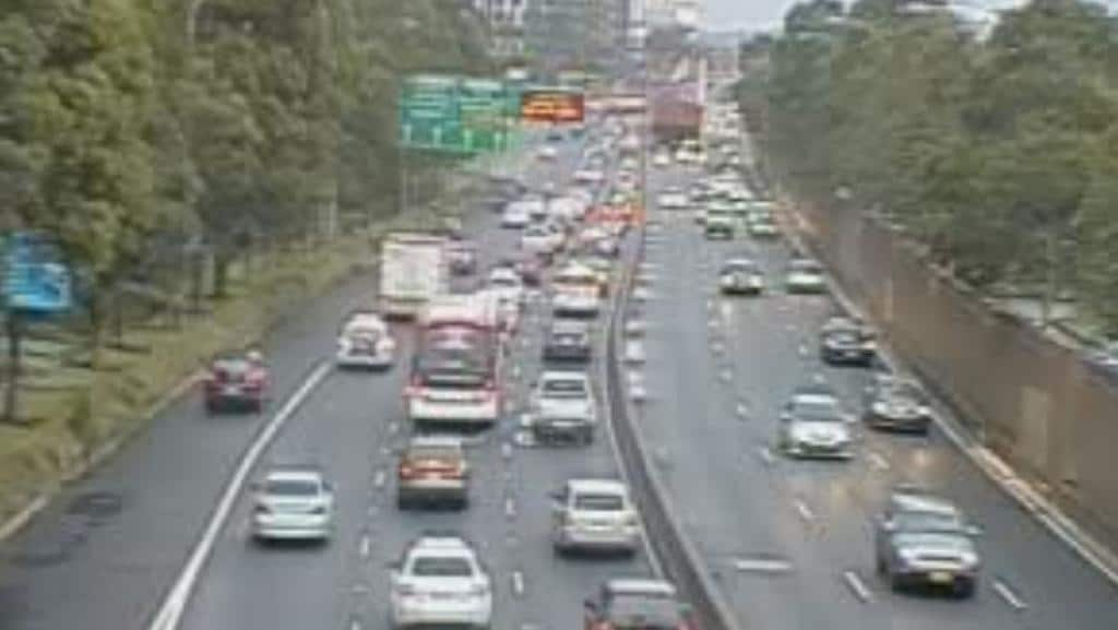 Sydney Traffic Wet Weather Causing Chaos With 9km Jam Through Eastern Distributor