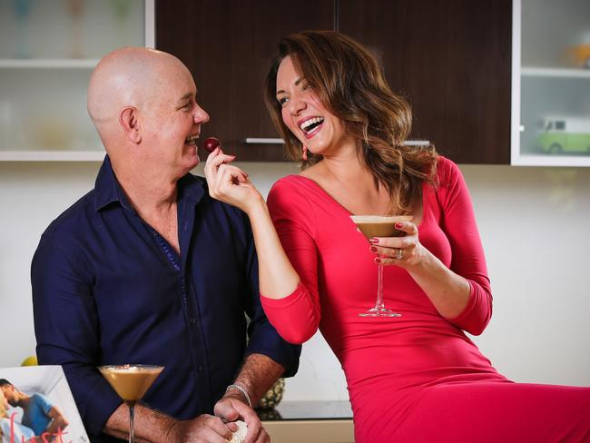 How to use food to increase intimacy