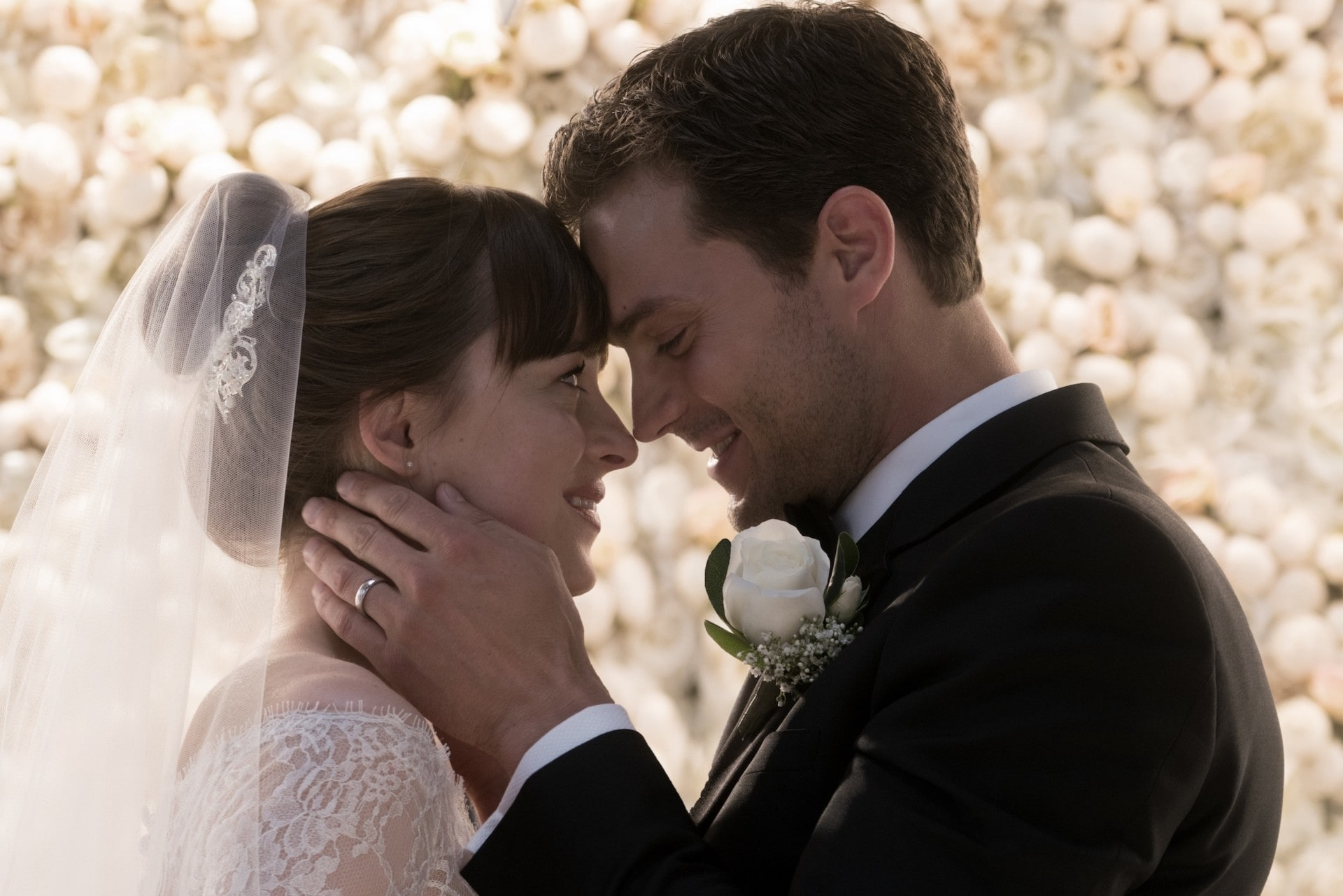 This Is Who Designed Anastasia S Wedding Dress For The New