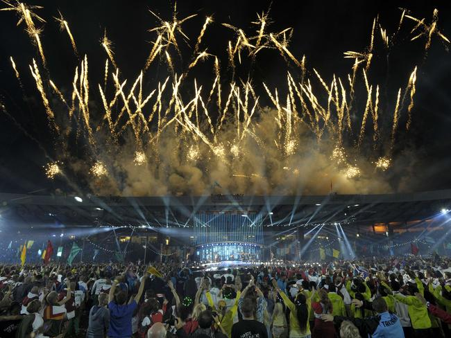 Fireworks light up the sky during the closing ceremony of the 2014 Commonwealth Games in Glasgow / Picture: AFP