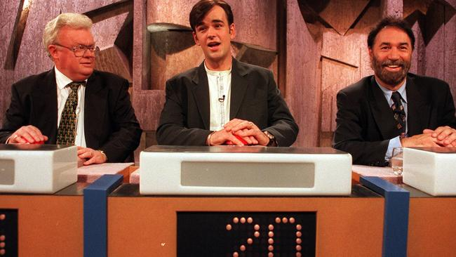 Tim Ferguson (centre) on Sale of the Century with former politicians Graham Richardson (left) and Phil Cleary (right).