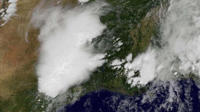 Deadly tornado rips through city on the US-Mexico border ... - NEWS.com.au