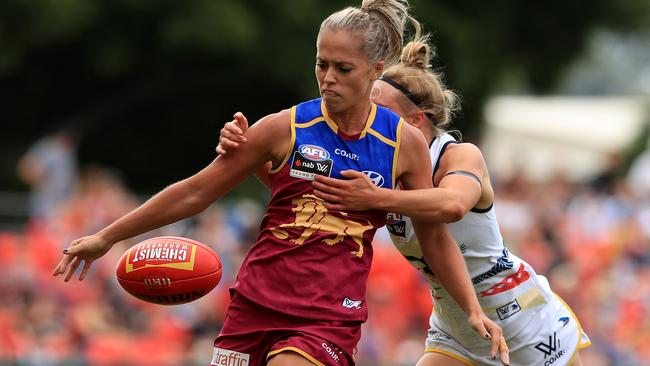 Kaitlyn Ashmore in action during the Women's AFLW Grand Final. Picture: Adam Head