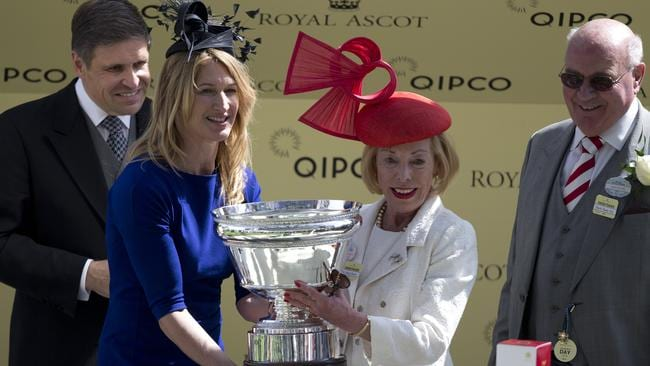 Steffi Graf (second left) presents the winners trophy to Serbina Power, owner of Sole Power, after winning the King's Stand Stakes on the first day of the Royal Ascot meeting.