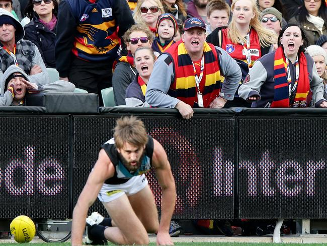 Crows fans let Justin Westhoff what they think. Photo Sarah Reed.