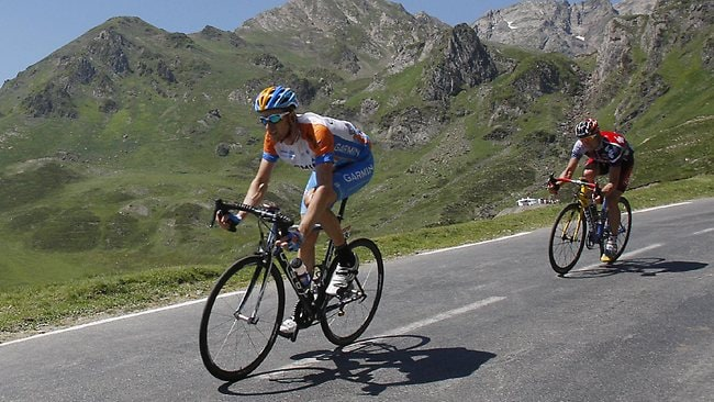 Bradley Wiggins of Britain speeds down Tourmalet pass during the 9th stage of the Tour de France cycling race over 160.5 kilometers (100 miles) with start in Saint-Gaudens and finish in Tarbes, Pyrenees mountains, France, Sunday July 12, 2009. (AP Photo/Christophe Ena)