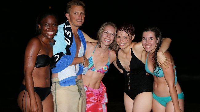 Chantel Bastiek, Craig Locke, Kelly Outzen, Elizabeth Williams and Trish Galea enjoy Bondi Beach. Picture: Bill Hearne