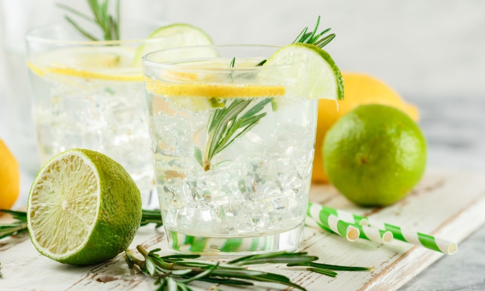 Drinking gin and tonics could relieve this common springtime ailment