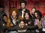 <p>Fans scream as the get a chance to pose with a wax figure of Hollywood heartthrob Robert Pattinson March 25, 2010 at Madame Tussauds in New York. The Twilight vampire and Remember Me star figure was unveiled at the famed Times Square wax attraction. AFP PHOTO</p>
