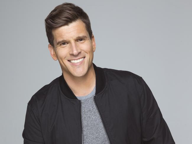Another gig for Osher ... Gunsberg will be hosting an After The Final Rose special next season.