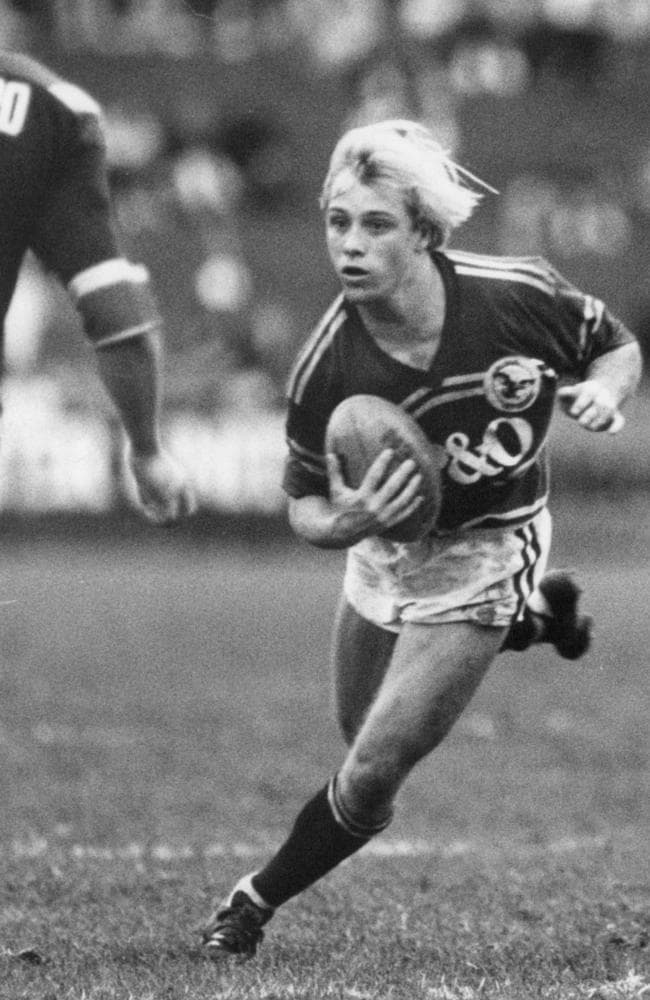 The relatively small Toovey was always hailed for his mental and physical toughness.