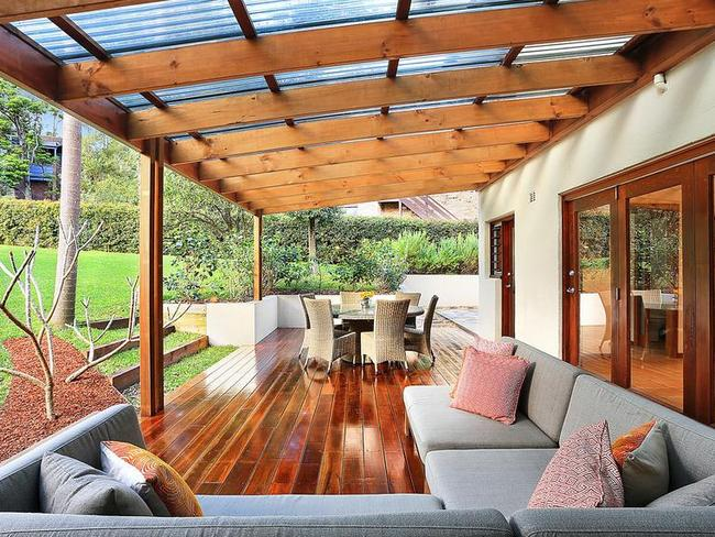 The back deck of 1 Redgum Pl, Frenchs Forest.