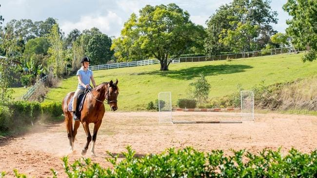 The suburb is renowned for its equestrian pursuits, including a property at 385 Jesmond Road, Fig Tree Pocket which has its own stables.