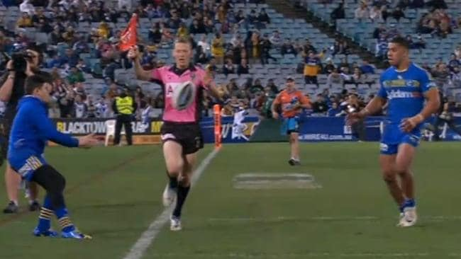 Vision of the 'ball boy' incident during an NRL match between Parramatta and Canterbury.