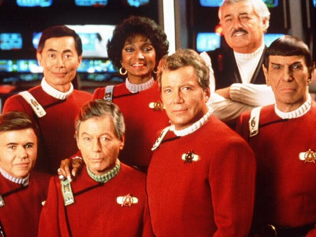 Actors and cast in 1991 film Star Trek VI : The Undiscovered Country (l-r) (rear) George Takei, Nichelle Nichols & James Doohan, (front) Walter Koenig, DeForest Kelley, William Shatner & Leonard Nimoy.