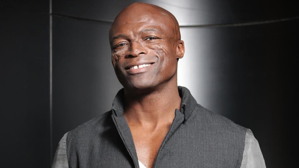 Who is seal dating in Perth