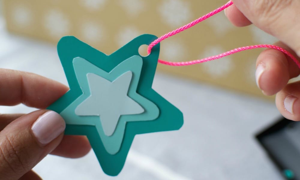 DIY Paper Star Christmas TreeDecoration