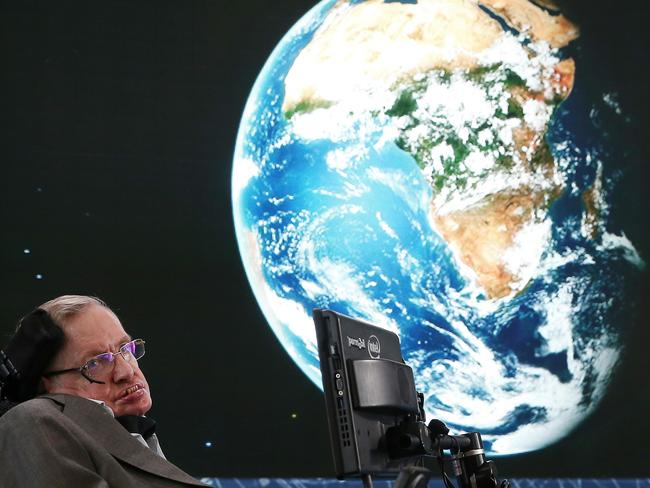Stephen Hawking warns humanity to find aliens before they find us