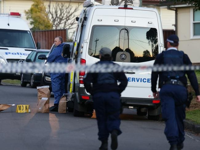 Kennedy Parade residents have woken to a crime scene. Pic: Bill Hearne