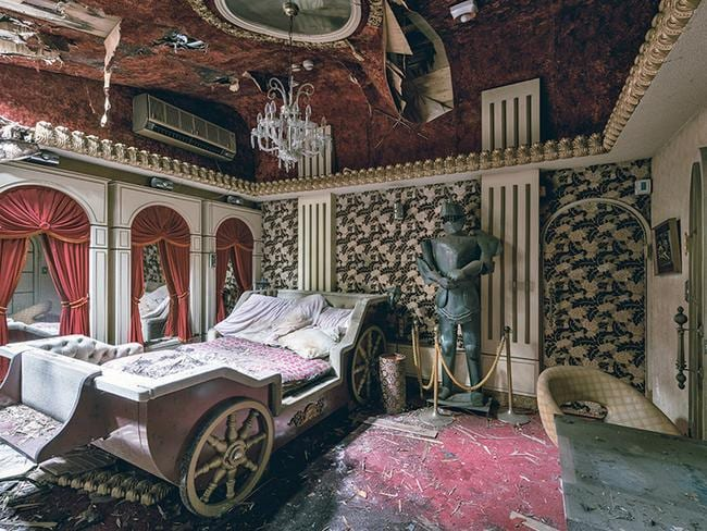 The quirky rooms were available to rent by the hour and were themed differently. (Picture: Bob Thissen/Caters)