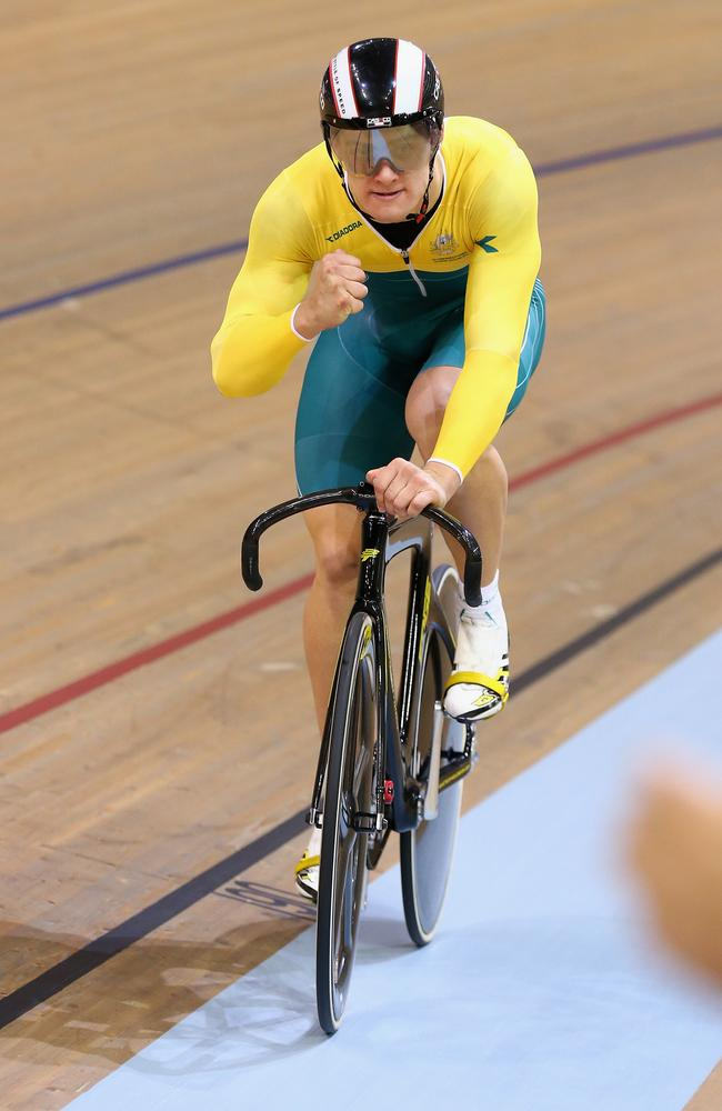 Matthew Glaetzer celebrates winning keirin gold.