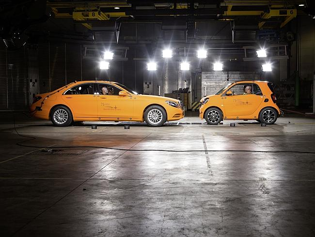 Crash test ... the Smart ForTwo goes up against the full-size S-Class sedan.