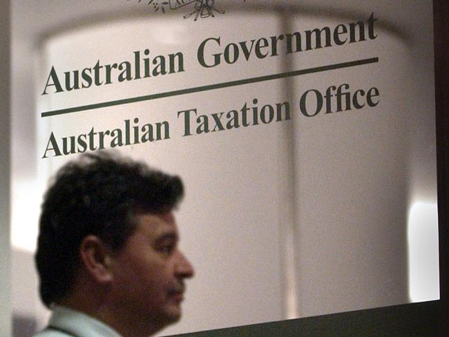 ATO staff won't work extra 9 mins